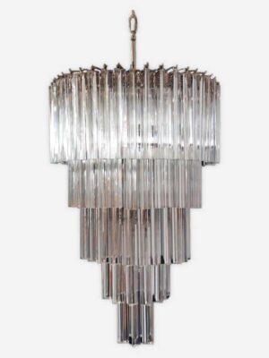 Fantastisk Murano lysekrone lavet af 111 Murano klare krystal prismer i en nikkel metalramme.