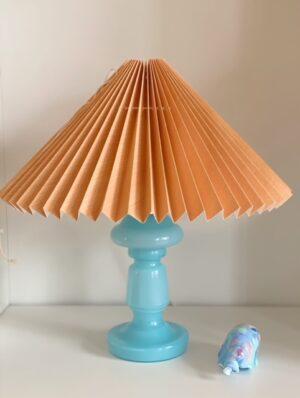 pink rose bordlampe blå opalglas